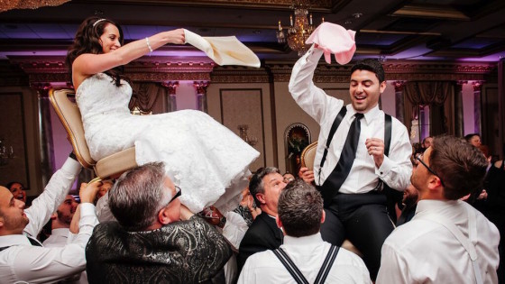 bride-groom-hora-wedding-560x315